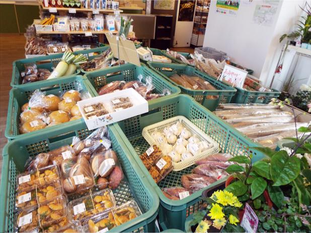 かほく市ブランドのさつまいも「かほっくり」を使ったお菓子もあり、地元のお土産を買うなら要チェック!